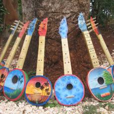 Calbas guitars by Anicet Colin